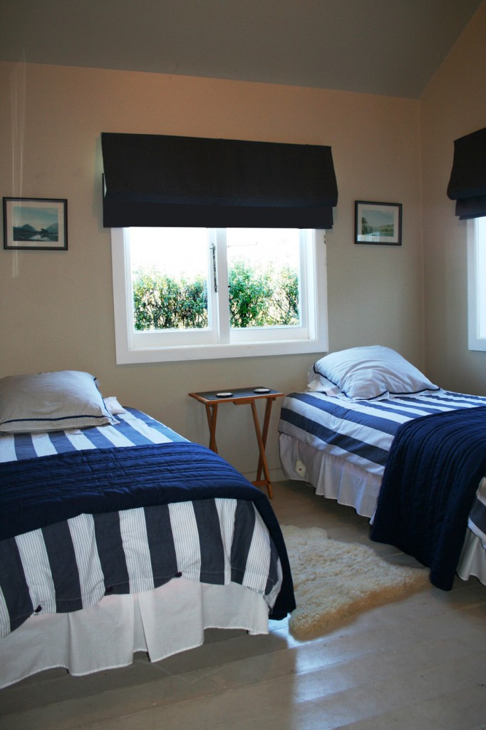 Annies cottage bedroom 2
